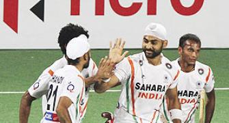 India rout France; qualify for London Olympics