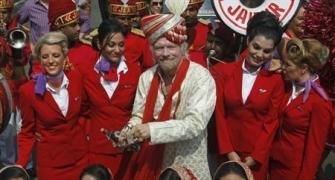 Richard Branson to take off in drag to fulfil F1 bet