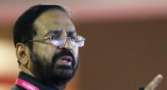 Out of fray Kalmadi still casts shadow on Pune contest