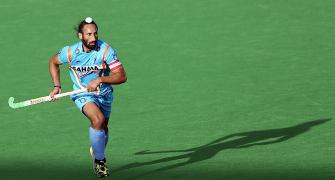 CWG chit-chat: Sardar reprimanded for 'inappropriate physical conduct'