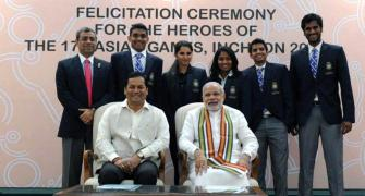 PM hosts Asian Games medallists, lauds their feats