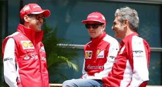 'Positive' Vettel staying at Ferrari
