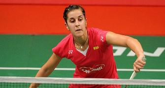 Hong Kong Open Super Series: Marin wins year's sixth title