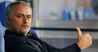 Mourinho feels Neymar 'not expensive'; Klopp criticises deal
