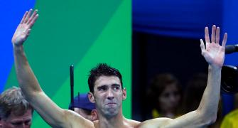Golden send-off for Phelps as US wins 4 x 100 relay