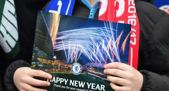 PHOTOS: EPL fans on New Year's Eve