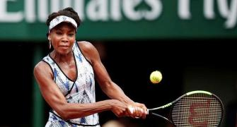 Venus becomes oldest woman to reach French Open 3rd round