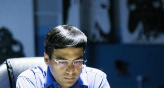Legends of Chess: Anand falls to fourth loss on trot