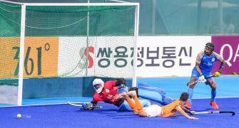 Perform or perish, Hockey India issues ultimatum to Harendra & Co