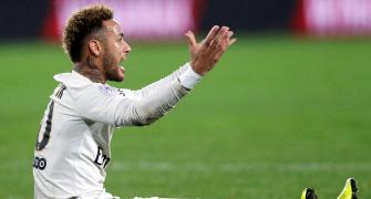 Football Extras: PSG call off Saturday's Ligue 1 game