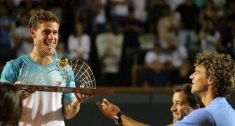 Tennis Roundup: Schwartzman wins Rio Open; Khachanov upsets Pouille