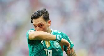 Arsenal's Ozil, Kolasinac escape knife attack