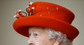 COVID jab didn't hurt at all, says Britain's Queen