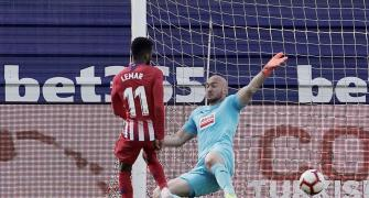 Football Extras: Atletico win late at Eibar