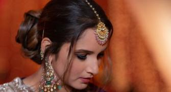 Sania Mirza looks mesmerising in this purple lehenga