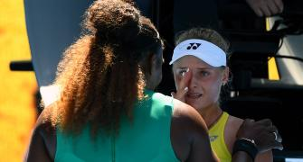 PHOTOS: Serena consoles Ukrainian teen after win