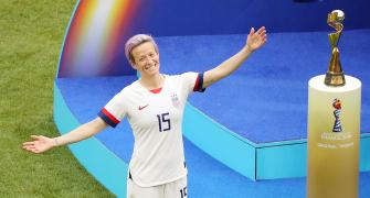 Extras: Rapinoe wins Sports Illustrated's top prize