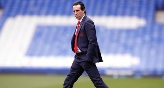 Arsenal sack manager Emery