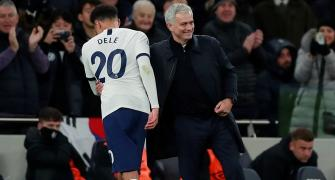 Dele takes stunner as Mourinho's boys play cricket