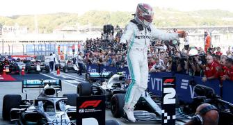 F1 PIX: Hamilton wins in Russia to end Ferrari's run