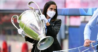 Champions League final: Paris police to hand out masks