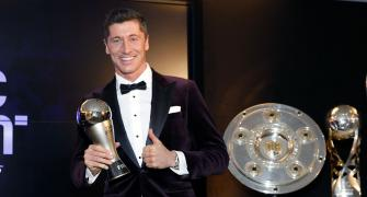 Bayern's Lewandowski wins FIFA Best Player Award