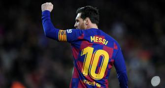'I admire you very much': Pele congratulates Messi