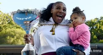 Serena breaks title drought; Pliskova outlasts Keys