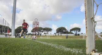 Benfica player tests COVID-19 positive