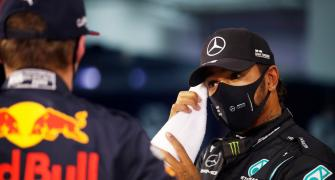 Hamilton takes 98th career pole in Bahrain