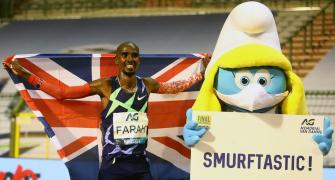 Farah returns in style by breaking world record