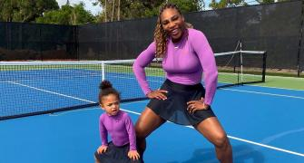 Serena says tennis playing mothers live a 'double life'