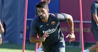 Suarez joins Atletico from Barcelona; Di Maria banned