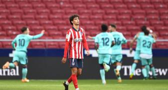 Europe soccer PICS: Atletico, Bayern stunned