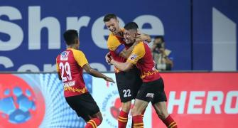 Indian Soccer: Neville secures draw for SC East Bengal