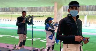 Shooters 'feeling the heat' in Tokyo