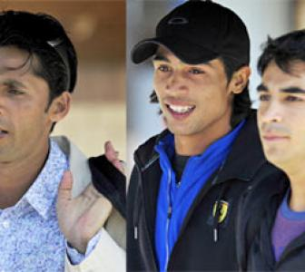 UK charges Pakistan trio with spot-fixing
