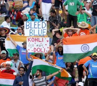 5 reasons why Indian cricket fans are best