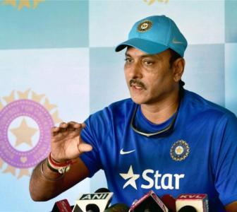 Shastri likely to retain India head coach job