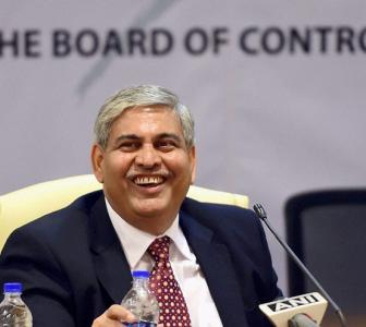 It's BCCI vs Manohar once again