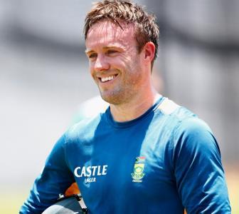 De Villiers denies claims of captaincy offer