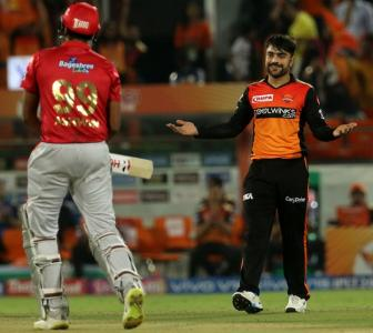 Turning Point: Rashid turns it for SRH after Warner blitz