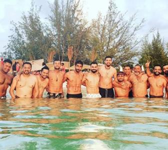 Kohli and Co. flaunt their beach bodies