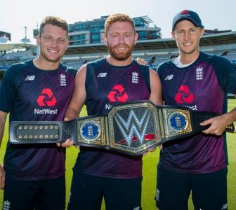PIX: England team receives WWE championship title