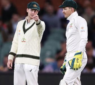 Is Smith undermining current skipper Tim Paine?