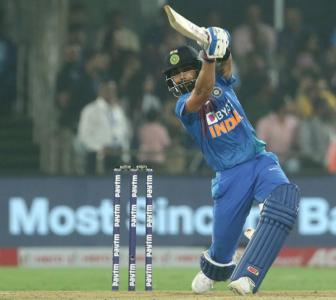 I'm not someone who hits in air to entertain: Kohli