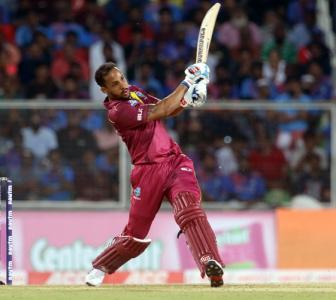 PHOTOS: WI record comfortable win to level series
