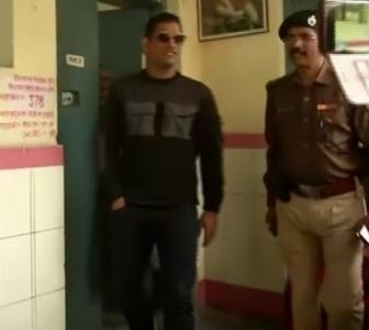 WATCH! Jharkhand elections: Dhoni gets inked
