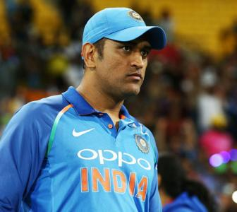 When Dhoni ensured Indian flag didn't touch the ground
