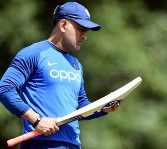 I feel pressure, I feel scared too: Dhoni